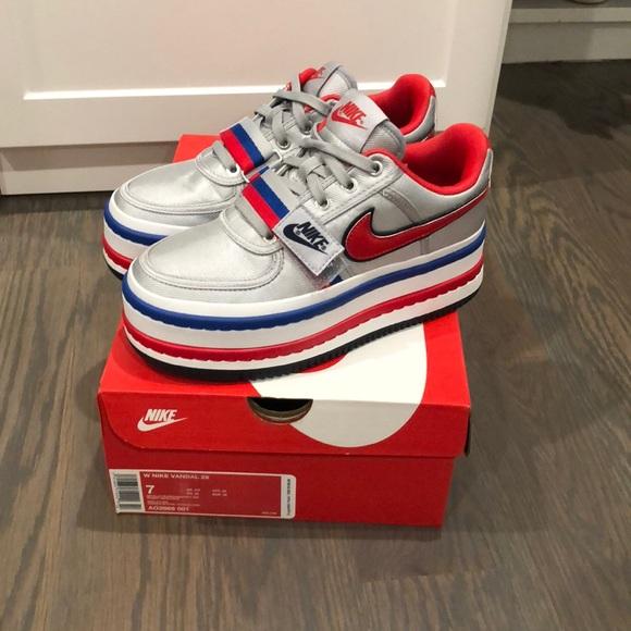 176861ea137 ... Nike Vandal 2X. M 5b2708283c9844392708e9f2